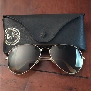 Ray-Ban Aviator sunglasses with gold frame